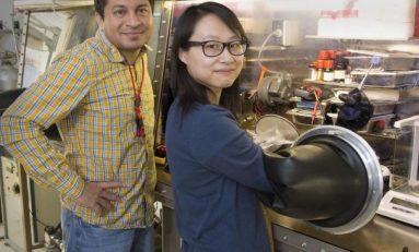 Yüksek verimli perovskite solar hücrelerini çoğaltmak için yeni teknik