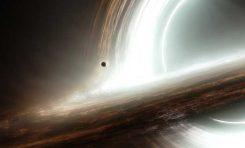 """Interstellar """"Yıldızlararası"""" Filmi Kara Deliklere Işık Tutuyor"""