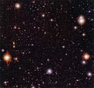 NASA Chandra Teleskobu Derin Alan görüntüsü: Yaklaşık 13 milyar ışık yılı uzaklıktaki bebek galaksiler