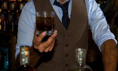 Yaşlandıkça Daha Çok Alkol Tüketiyoruz