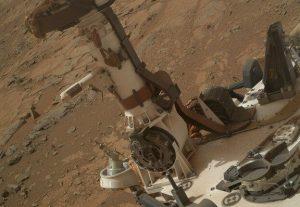 Curiosity'e ekli REMS sensörlerini bulunduğu kısım