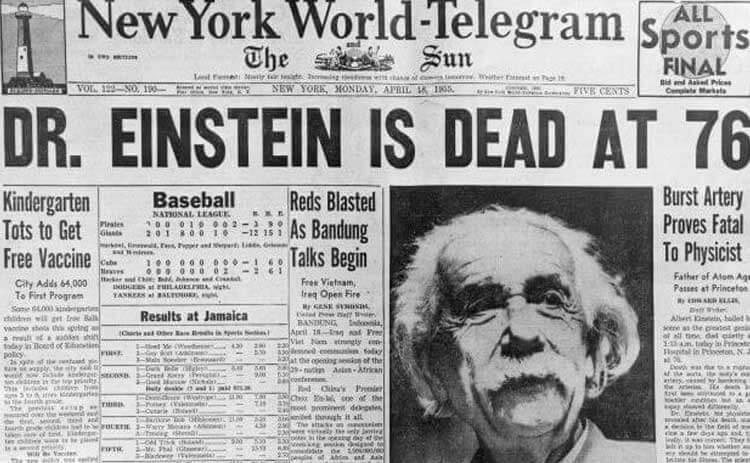 New York World - Telegram gazetesi Einstein'ın ölüm haberi. Yüzyılın en ünlü bilim insanı 18 Nisan 1955'de öldü - Underwood & Underwood/Corbis