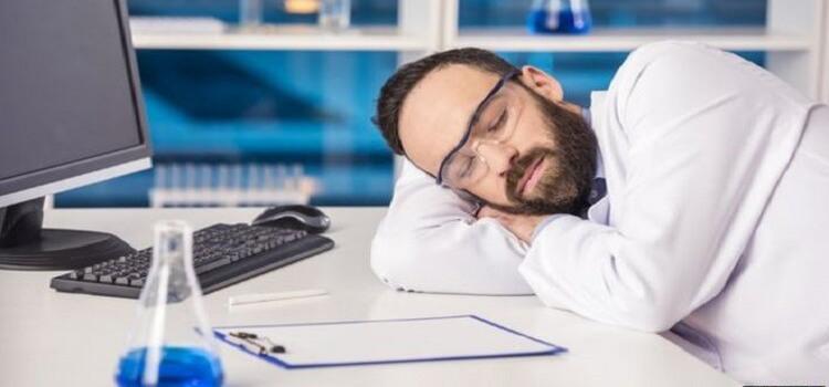 Neden Uyuruz?