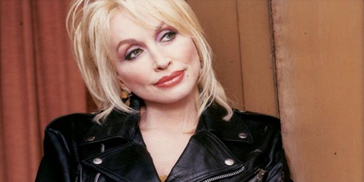Ünlü country pop müzisyeni Dolly Rebecca Parton da türlere ismi verilen sanatçılar arasına girdi