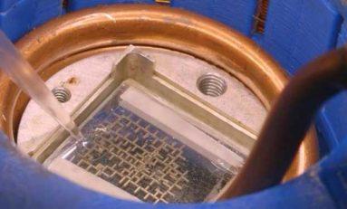Su damlacıkları ile işleyen bilgisayar üretildi