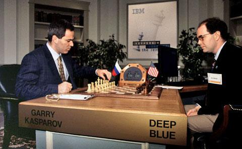 Deep Blue, ve Rus satranç ustası Garry Kasparov maçından bir fotoğraf