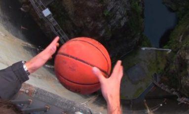 Magnus Etkisi Sayesinde Basketbol Topunun İlginç Hareketi