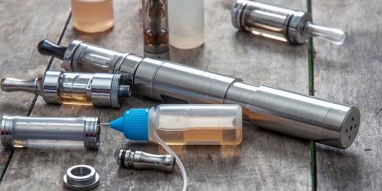 Elektronik Sigaralar Sanıldığı Kadar Zararlı Olmayabilir
