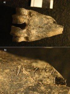 Kenya, Koobi Fora'da keşfedilen 1.5 milyon yıllık antilop (benzeri bir canlıya ait) kemikleri. Üzerlerinde bilinçli olarak uygulanmış kesme işlemi izleri bulunuyor.