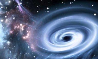 Kara Delik Ne Büyüklüktedir?