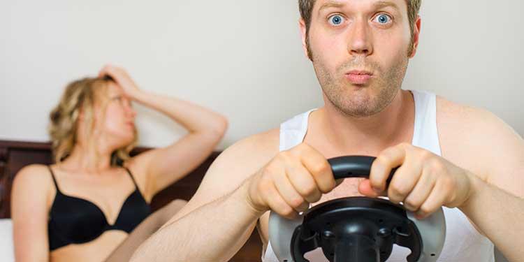 Erkekler, Partnerlerinin Cinsel İlişki İstekliliğini Azımsıyor