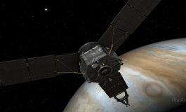 """""""Juno"""" Uzay Aracı, Jüpiter'in Kapısını Çalıyor"""