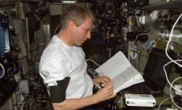 Uzayda Kalmak Astronotların Gözünü Bozuyor