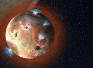 Jüpiter'in Uydusu Io'nun Atmosferi Donuyor