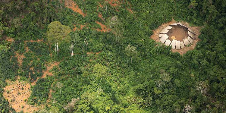 Dış Dünya İle Temasa Geçmemiş Amazon Kabilesinin Yeni Görüntüleri Elde Edildi