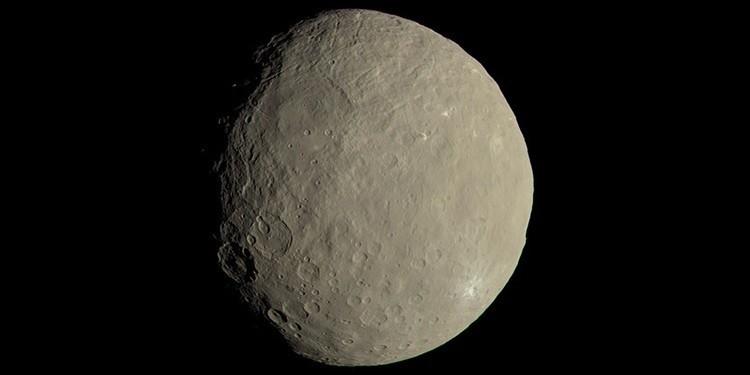 Asteroidlerin Ataları, Devasa Çamur Topları Mıydı?