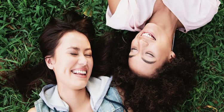 Arkadaşlık Seçiminde Beynimiz Nasıl Karar Alıyor?