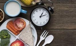 """""""Yanlış Zamanda"""" Beslenmek Vücut Ağırlığını ve Gündelik Ritmi Etkiliyor"""