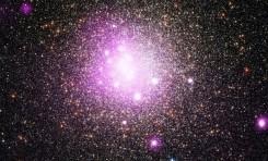 Kozmik Işın ve Nötrino Saçan Kara Delikler